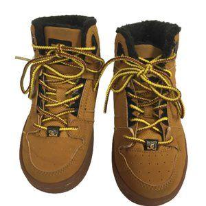 DC Shoe Co USA Boys Size 12 Yellow Boots